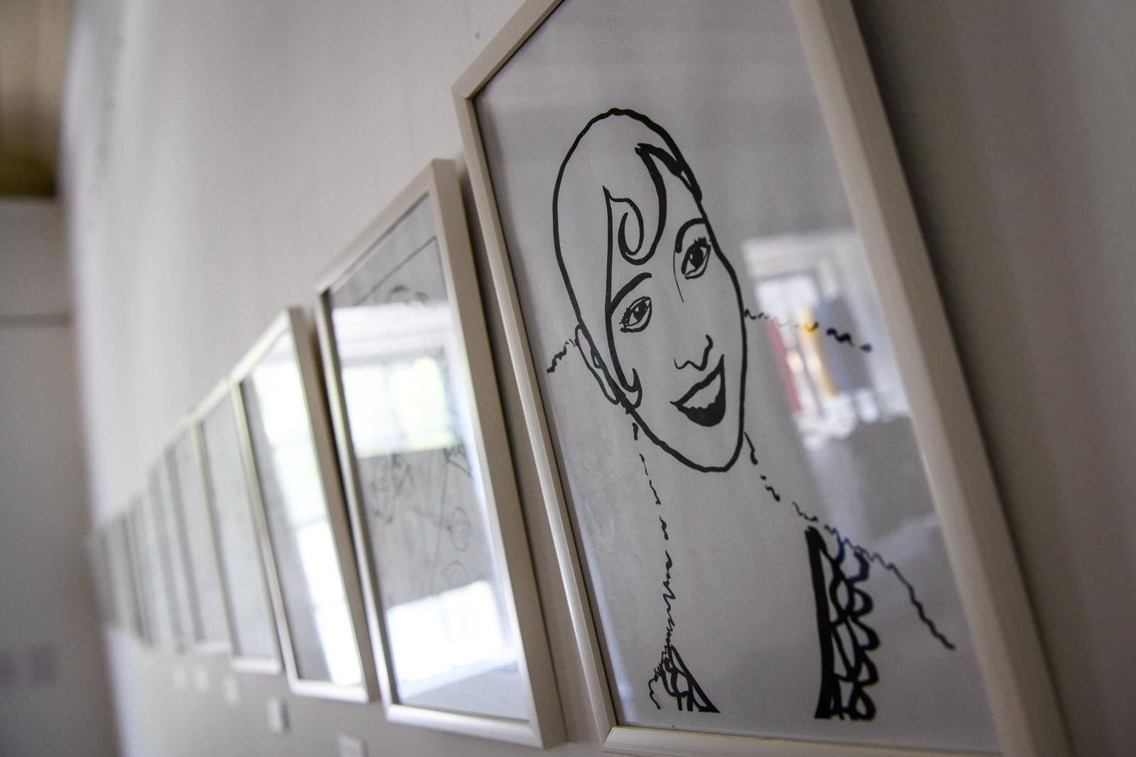 Vanda rodrigues olha para a exposição Histórias no feminino na sementeira