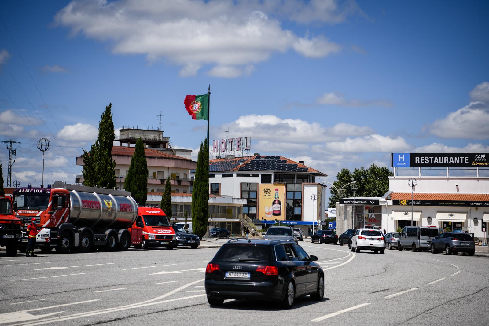 Entrada e emigrantes na fronteira de Vilar Formoso